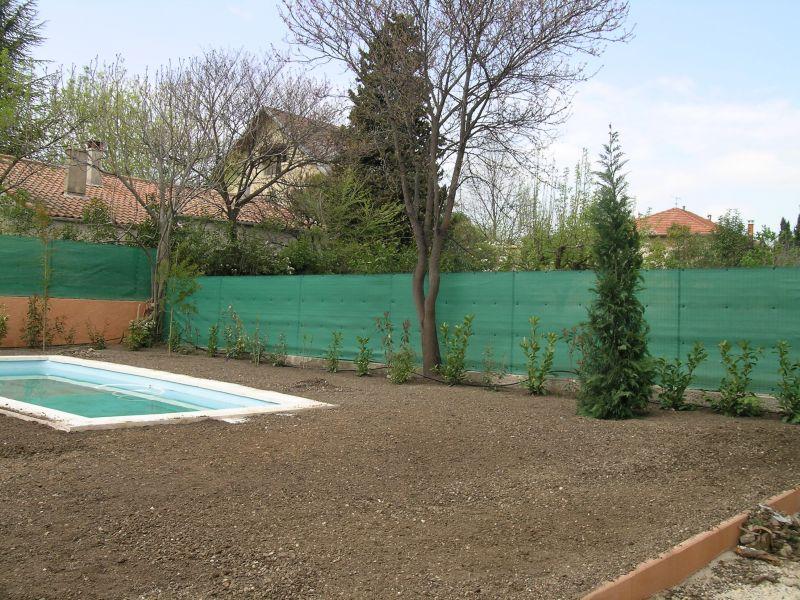 brise vue et brise vent sur une maison d 39 habitation vitrolles terraplant. Black Bedroom Furniture Sets. Home Design Ideas